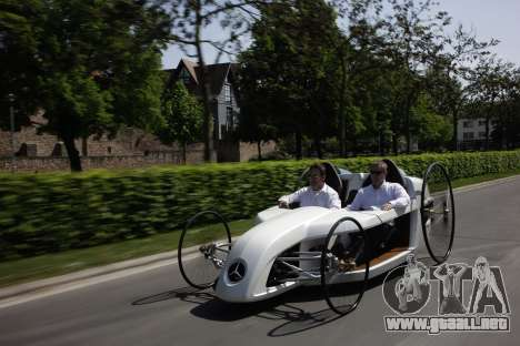 Inicio pantallas de Mercedes-Benz F-CELL Roadste para GTA 4 novena de pantalla