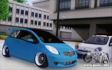 Toyota Yaris Hellaflush Young Child para GTA San Andreas left