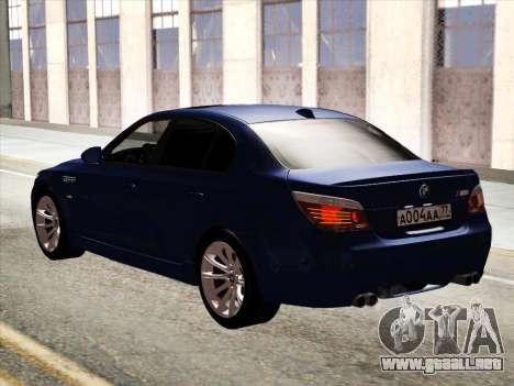 BMW M5 E60 2010 para GTA San Andreas vista hacia atrás