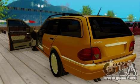 Mercedes-Benz E320 Wagon para la visión correcta GTA San Andreas