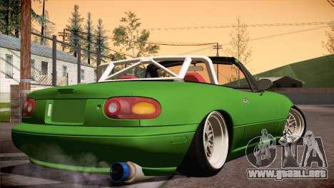 Mazda Miata Hellaflush para GTA San Andreas vista posterior izquierda