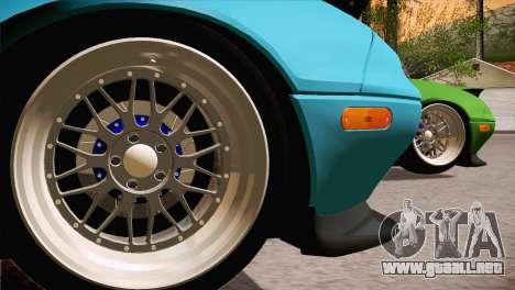 Mazda Miata Hellaflush para GTA San Andreas left