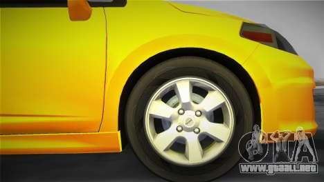 Nissan Versa para GTA Vice City vista lateral izquierdo