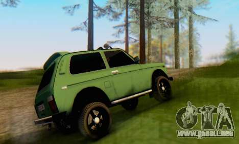 VAZ 21213 para GTA San Andreas vista posterior izquierda