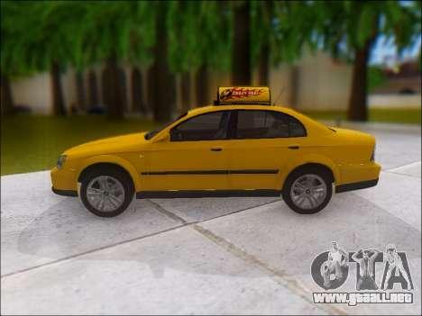 Chevrolet Evanda Taxi para GTA San Andreas left