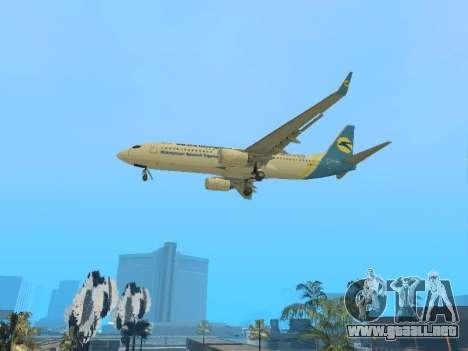 Boeing 737-84R Ukraine International Airlines para GTA San Andreas vista hacia atrás