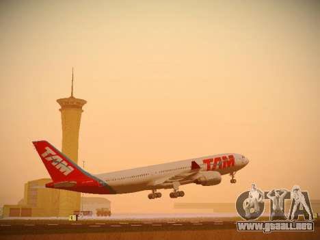 Airbus A330-200 TAM Airlines para GTA San Andreas left