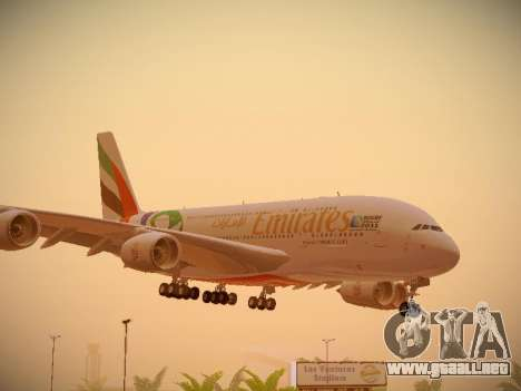 Airbus A380-800 Emirates Rugby World Cup para GTA San Andreas left