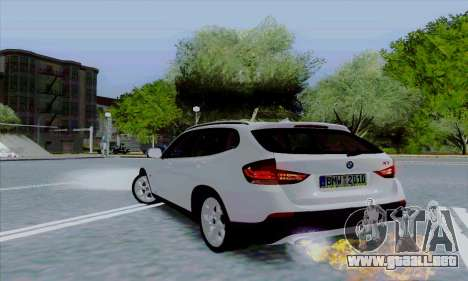 Bmw X1 para GTA San Andreas vista hacia atrás