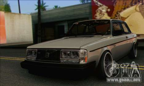 Volvo 242 Stance Works para GTA San Andreas
