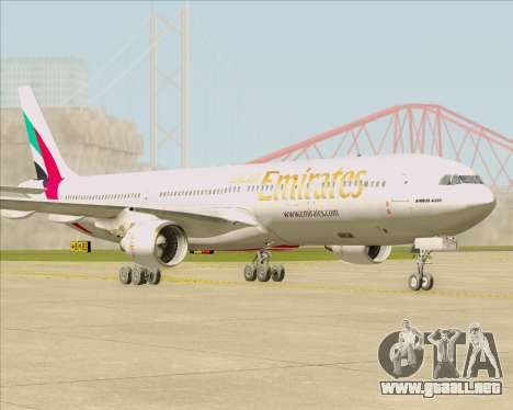 Airbus A330-300 Emirates para GTA San Andreas left