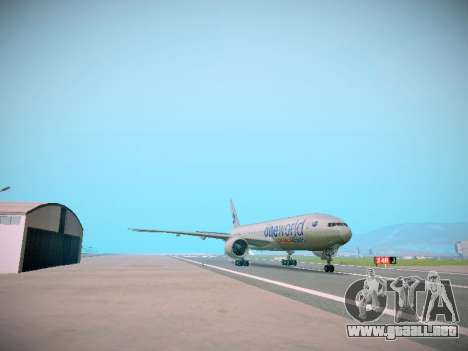 Boeing 777-223ER American Silver Bullet para GTA San Andreas vista posterior izquierda