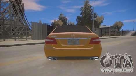 Mercedes-Benz E63 AMG для GTA 4 para GTA 4 visión correcta