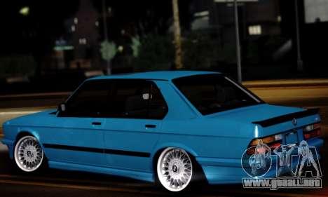BMW M5 E28 para GTA San Andreas left
