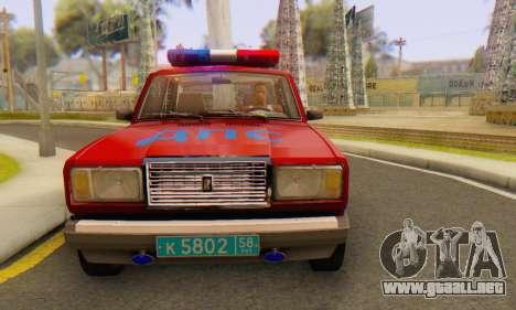 VAZ 2107 Policía para la visión correcta GTA San Andreas
