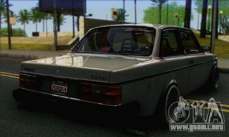 Volvo 242 Stance Works para GTA San Andreas left