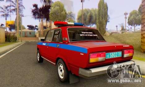 VAZ 2107 Policía para GTA San Andreas vista posterior izquierda