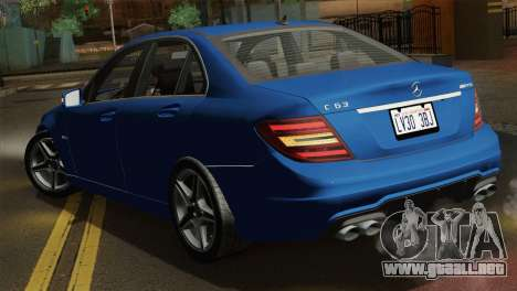 Mercedes-Benz C63 AMG Sedan 2012 para vista lateral GTA San Andreas