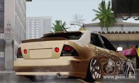 Lexus IS300 Hellaflush para GTA San Andreas left