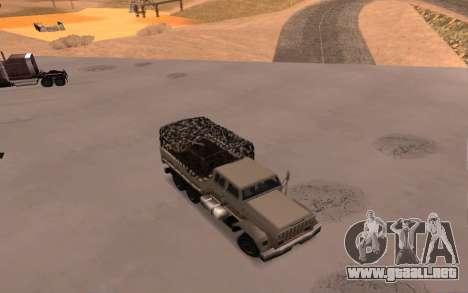 Cuartel con cuatro puertas para GTA San Andreas vista hacia atrás