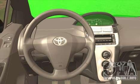 Toyota Yaris Shark Edition para GTA San Andreas vista posterior izquierda