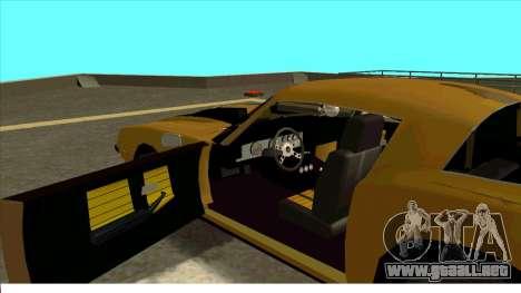 Chevrolet Camaro Z28 Bumblebee para GTA San Andreas vista posterior izquierda