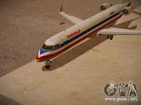 Bombardier CRJ-700 American Eagle para GTA San Andreas left