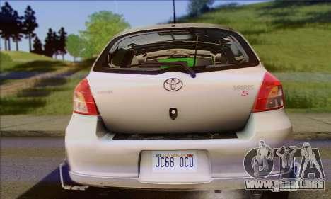 Toyota Yaris Shark Edition para GTA San Andreas vista hacia atrás