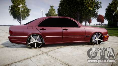 Mercedes-Benz W210 E55 2000 AMG Vossen VVS CV3 para GTA 4 left