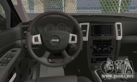 Jeep Grand Cherokee SRT8 para GTA San Andreas vista posterior izquierda