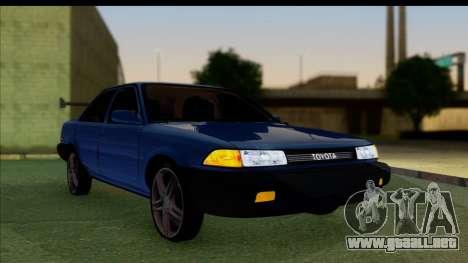 Toyota Corolla 1990 4-Door Sedan para GTA San Andreas