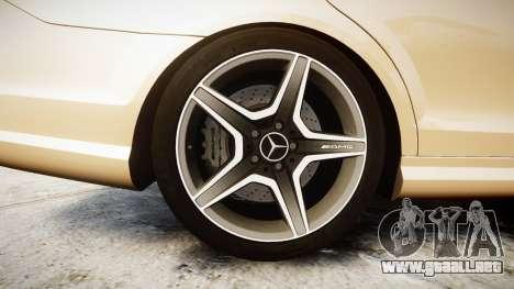 Mercedes-Benz C63 AMG 2010 para GTA 4 vista hacia atrás