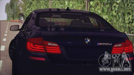BMW M550d 2014 para GTA San Andreas left