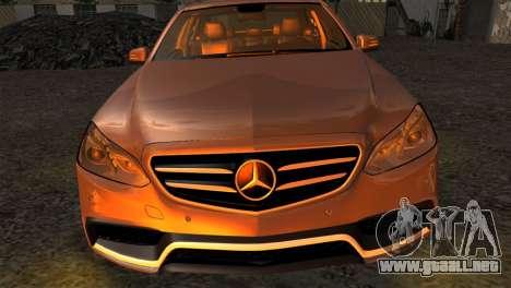 Mercedes-Benz E63 AMG 2014 para la visión correcta GTA San Andreas