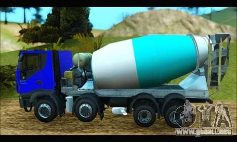 Iveco Trakker 2014 Concrete para GTA San Andreas left