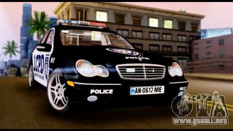 Mercedes-Benz C32 AMG Police para GTA San Andreas left