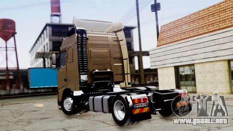 Volvo FH12 Low Deck para GTA San Andreas left