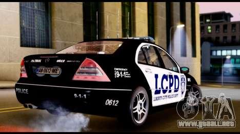 Mercedes-Benz C32 AMG Police para GTA San Andreas vista posterior izquierda