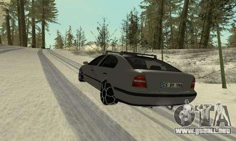 Skoda Octavia Winter Mode para GTA San Andreas interior