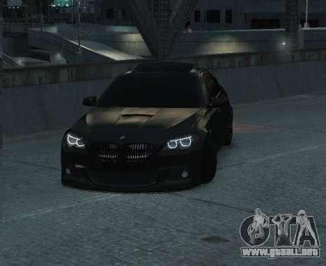 BMW M5 F10 2014 para GTA 4 Vista posterior izquierda