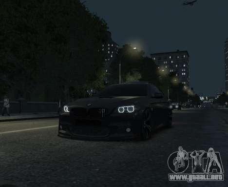 BMW M5 F10 2014 para GTA 4 vista hacia atrás