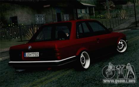 BMW E30 para GTA San Andreas left
