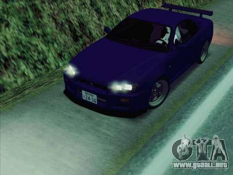 Nissan Skyline GT-R V-Spec (BNR34) para GTA San Andreas vista posterior izquierda