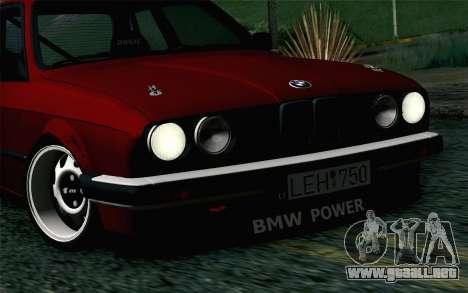 BMW E30 para GTA San Andreas vista hacia atrás