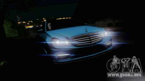 Mercedes-Benz E63 AMG 2010 Vossen wheels para vista lateral GTA San Andreas