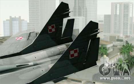 MIG-29 Polish Air Force para GTA San Andreas vista posterior izquierda