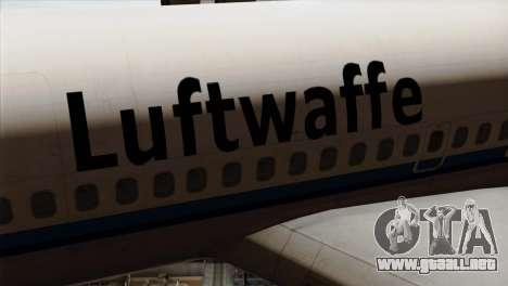 Boeing 707-300 Luftwaffe para GTA San Andreas vista hacia atrás