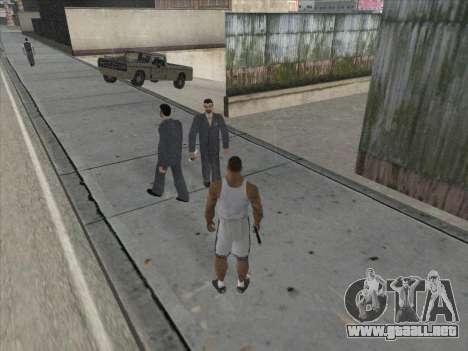 A los Rusos en el distrito Comercial para GTA San Andreas