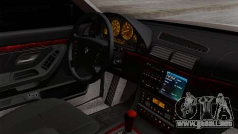 BMW 750iL E38 Romanian Edition para la visión correcta GTA San Andreas