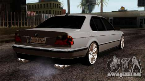 BMW 750iL E38 Romanian Edition para GTA San Andreas left